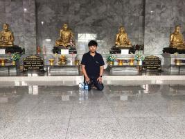 Sak at the temple